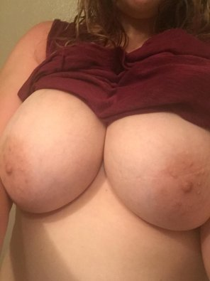 amateur photo Gf wanted you to see them out
