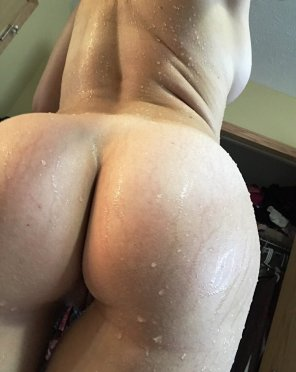 amateur photo PictureDripping wet