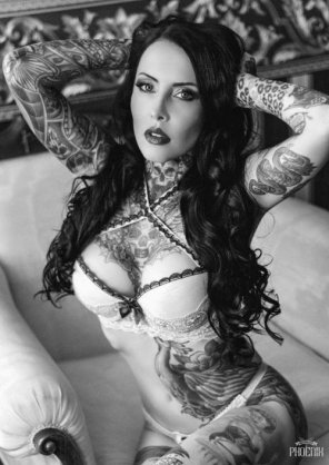 amateur photo Makani Terror aka OMFG She's Hot