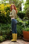 amateur photo Ginger in jeans