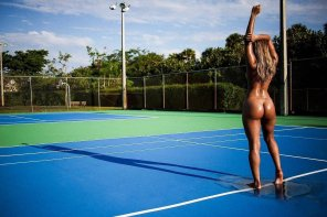amateur photo Wet court