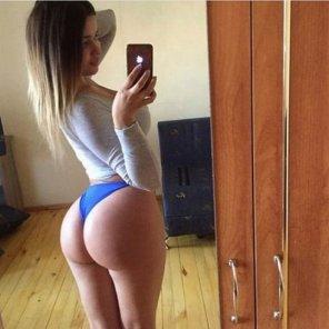 amateur photo Blue bottoms