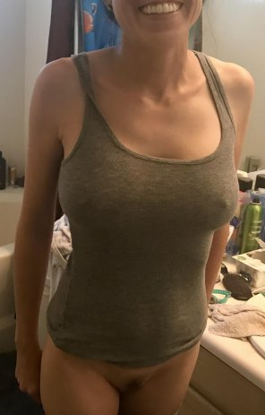 amateur photo 38 and still a MILF in my book