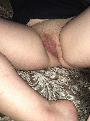 amateur photo How would you [F]eel if you were trapped between these legs?