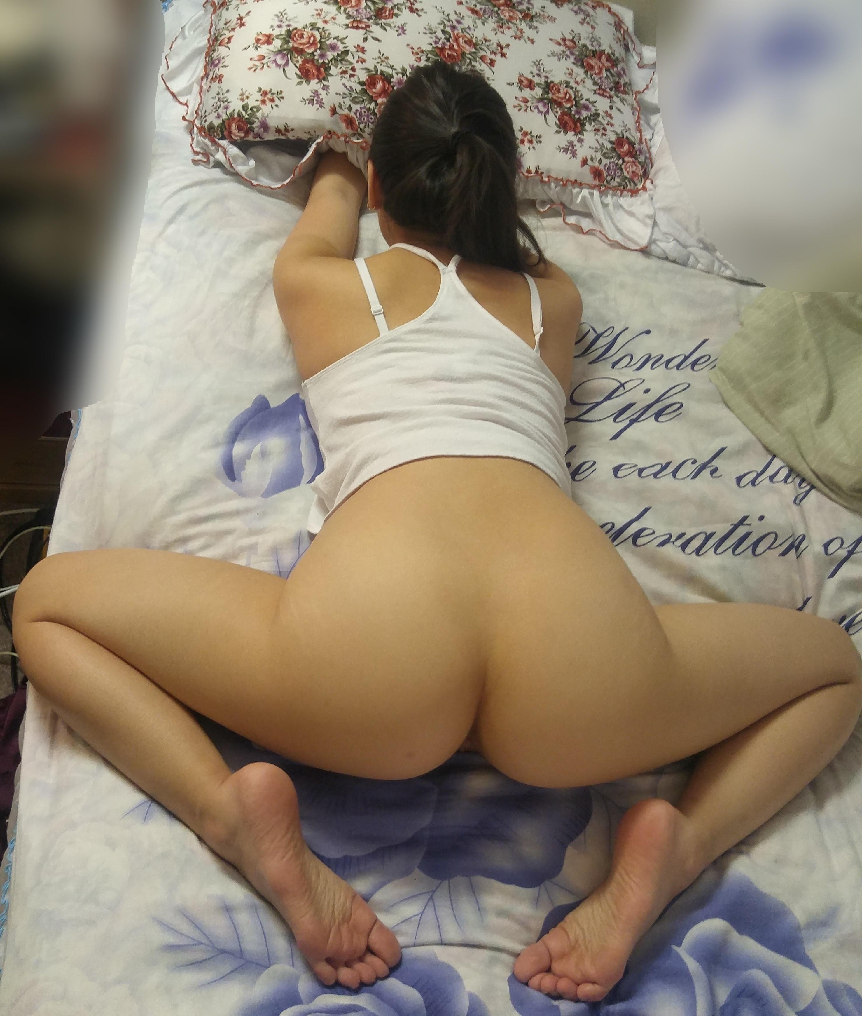 Ass feet porn