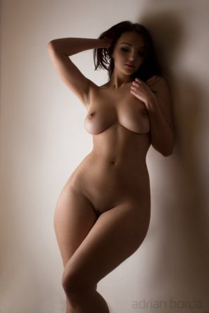 amateur photo Her body is a wonderland