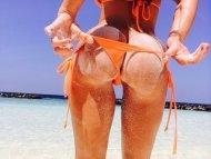 amateur photo Beach Bum, damn.