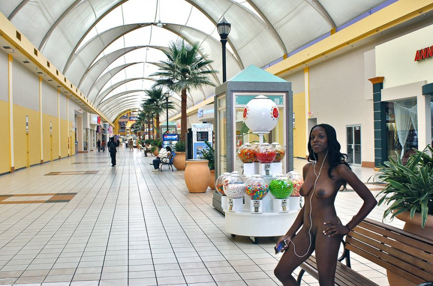 Naked in the mall Porn Photo