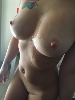 amateur photo IMAGE[Image] Cum covered to start Friday!