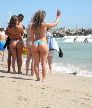 amateur photo beach spotting