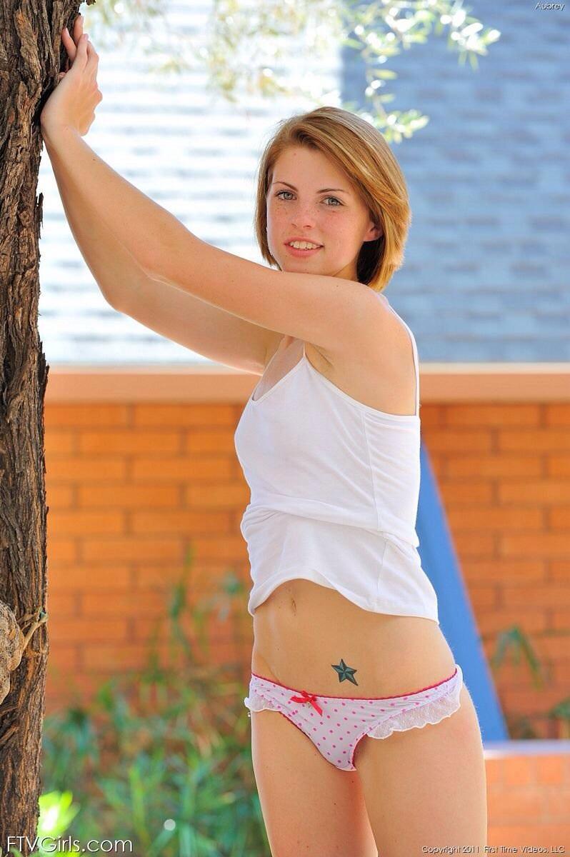 Aubrey belle nackt