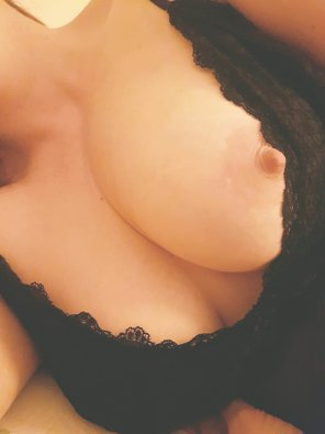 amateur photo A little tease from wifey
