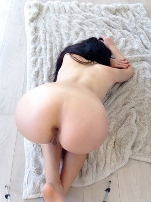 amateur photo Face down ass up, that's the way we like to fuck ;)