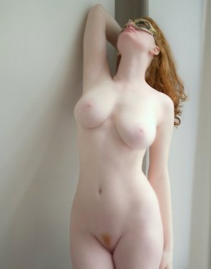 amateur photo Pale natural redhead