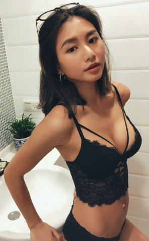 amateur photo Hot and Perky
