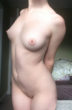 amateur photo [F]un-sized and fresh from the shower.