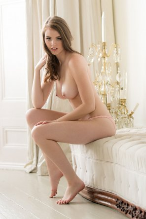 amateur photo Rosie Danvers for Page 3