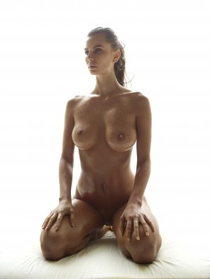 amateur photo Oiled hot UHQ