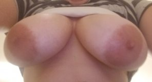 amateur photo A titty pic at work today