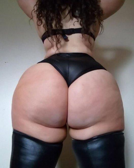 More bigbootybrit18 Porn Photo