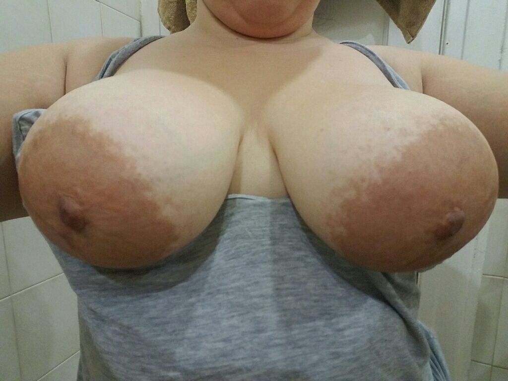 IMAGE[Image] homegrown tits up close and personal Porn Photo