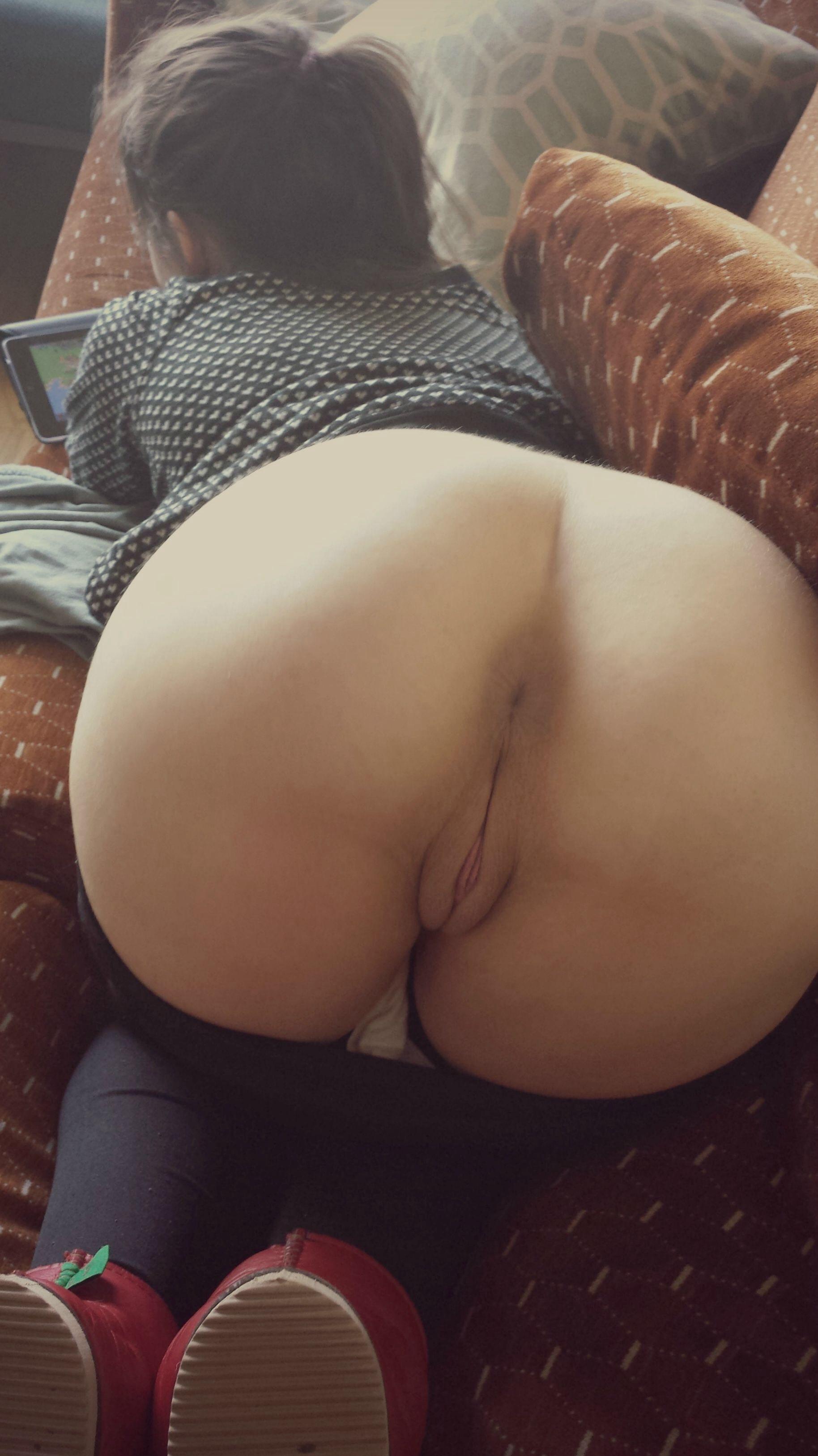 Girl Yoga Pants Gets Fucked