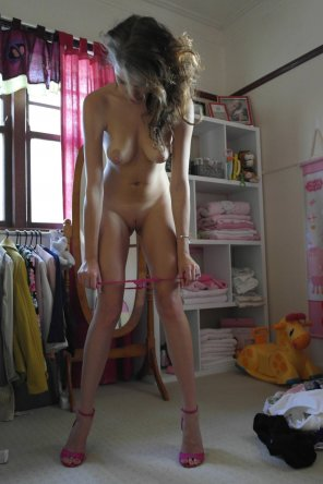 amateur photo Stripping Down