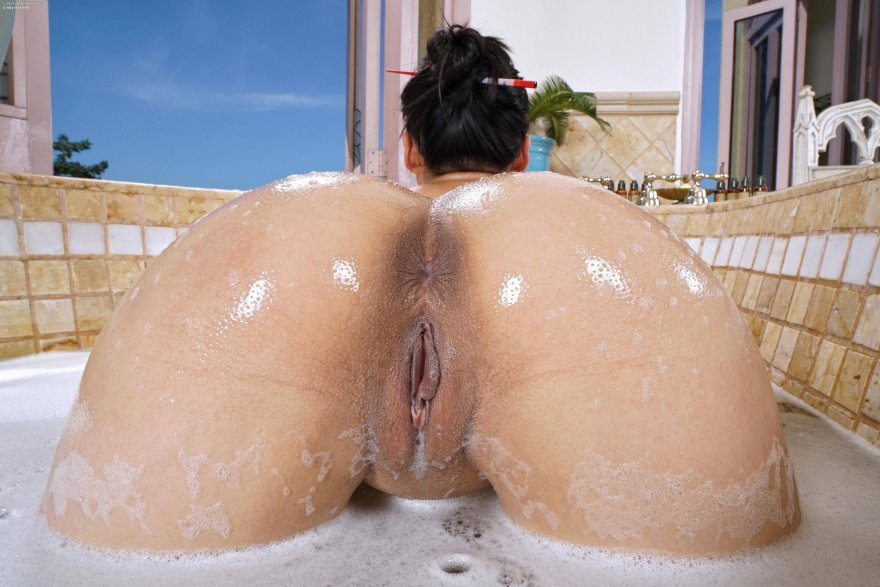 Bath Time Porn Photo