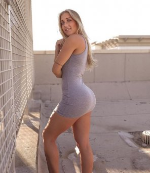 amateur photo Short Short Dress on Fit Girl
