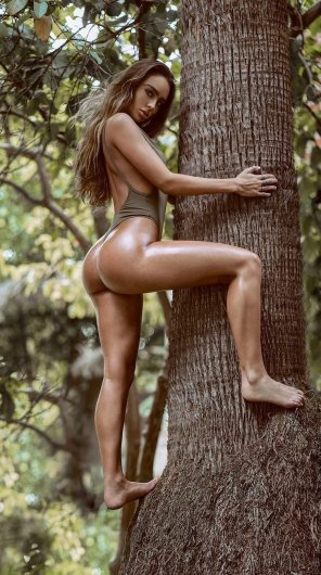 amateur photo Tree hugger