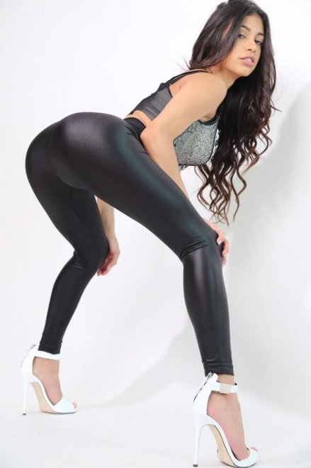 Veronica Rodriguez Porn Photo