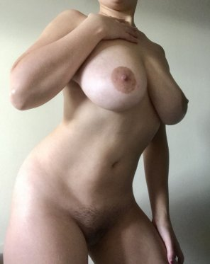 amateur photo come have [f]un on this saturday ;)