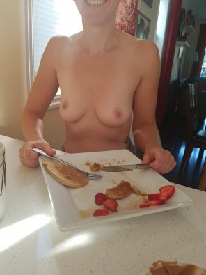 amateur photo 37F Eating my second favorite meal