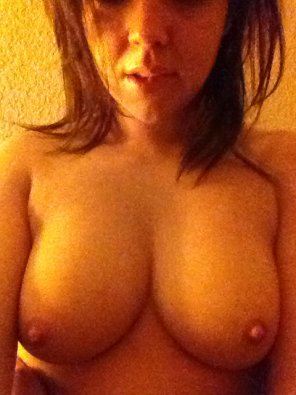 amateur photo nice boobies