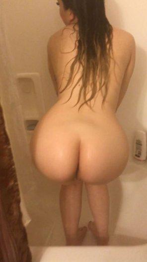 amateur photo Bubble in the bathroom
