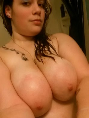 amateur photo Holy nipples and funbags