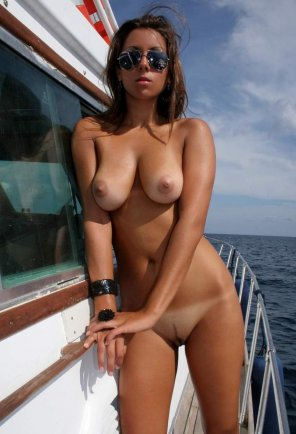 amateur photo Sexy on starboard