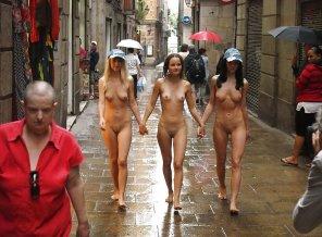 amateur photo Don't mind getting wet