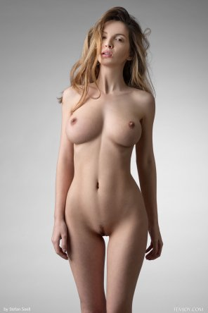 amateur photo A brilliant body