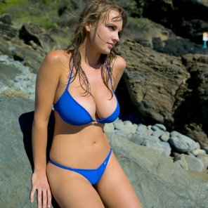 amateur photo Sexy in blue