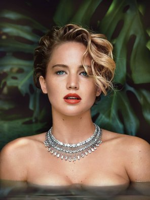 amateur photo Jennifer Lawrence in Vanity Fair