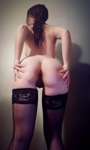 amateur photo Stockings, pigtails and a good spread 💋 [F21][OC]