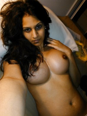 amateur photo Silicone from India [AIC]