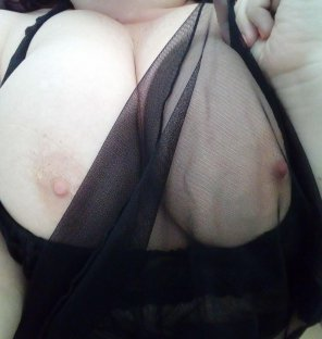 amateur photo Anyone else feeling frisky this Friday?