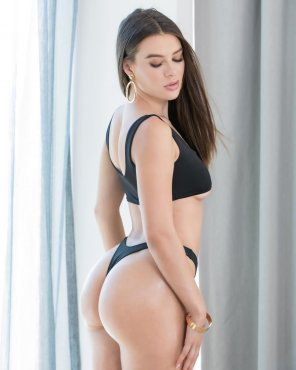 amateur photo Lana Rhoades