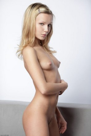 amateur photo PicPerky little blonde