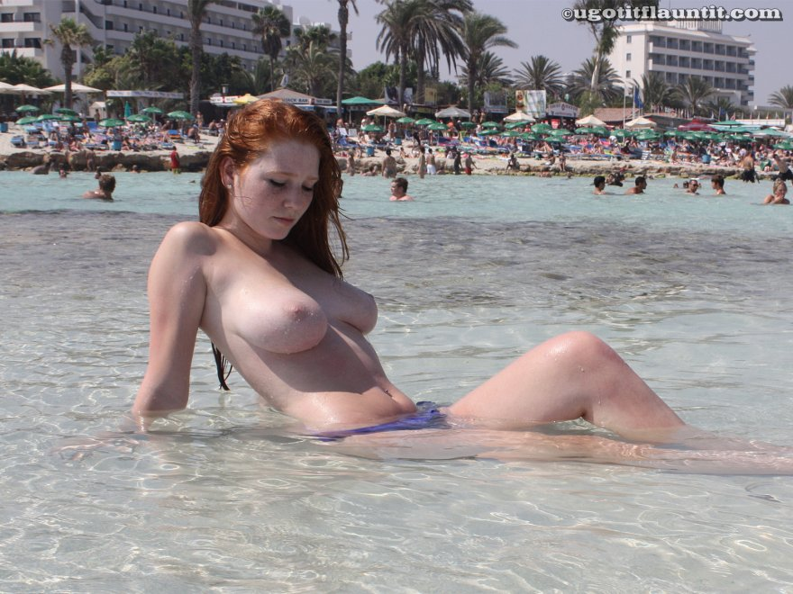 Wet topless ginger Porn Photo