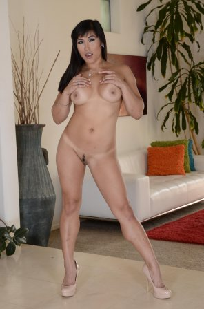 amateur photo Mia Li