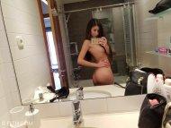 Anya Ass Selfie
