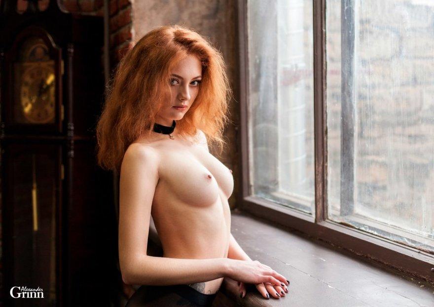 Wooden window Porn Photo